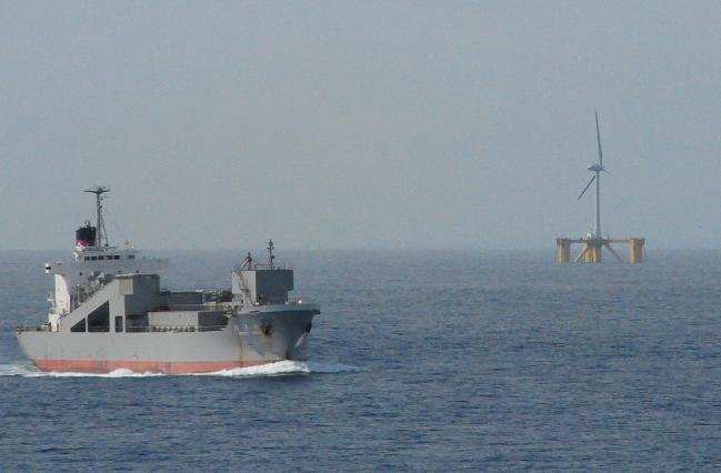 110 洋上風力発電.jpg