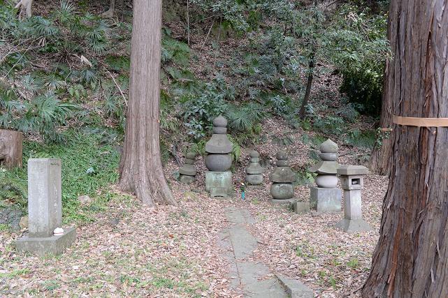 11北条顕時の墓.jpg