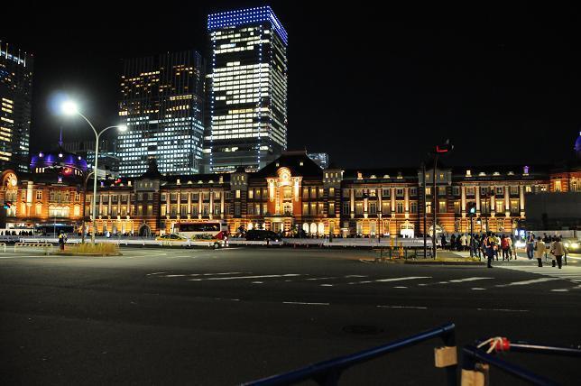 15東京駅イルミ.jpg