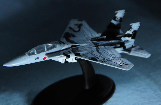 19 F15.jpg