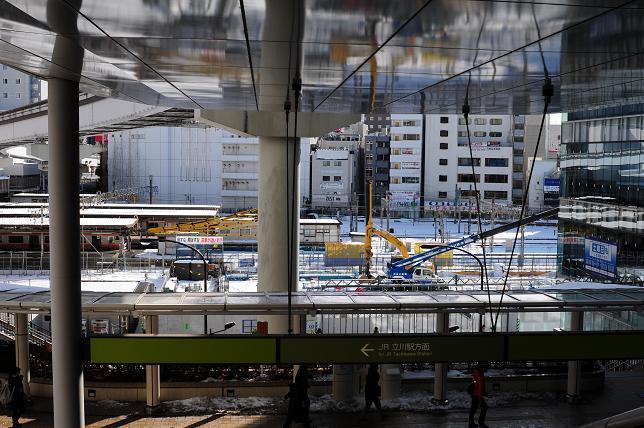 1モノレール立川北駅から見た立川駅.jpg