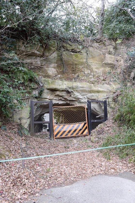 2旧トンネル称名寺側.jpg