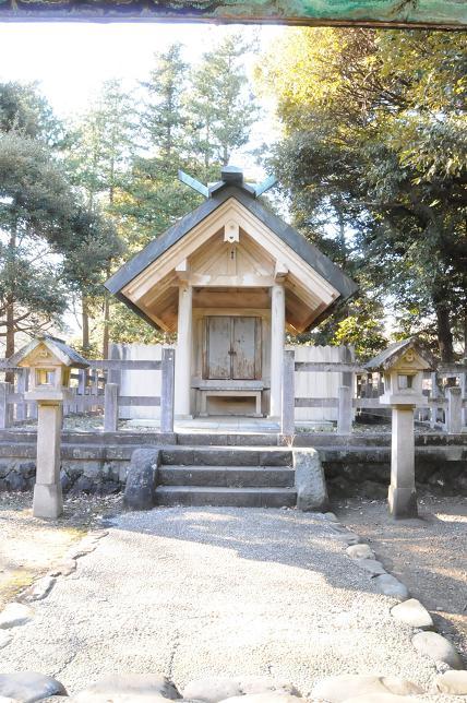 玉湖神社.jpg