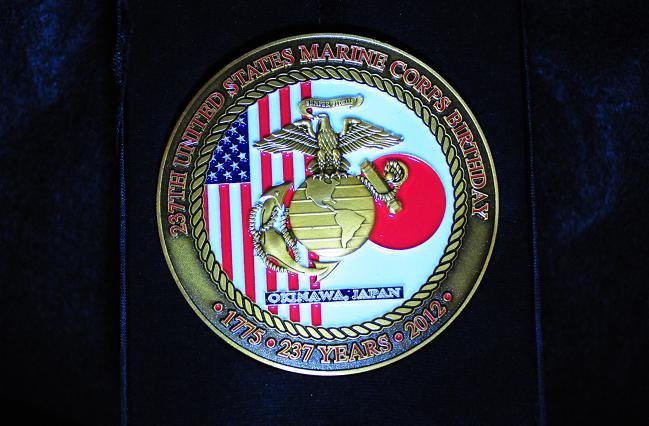 11 USMCメダル.jpg
