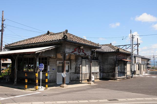 116新村駅.jpg