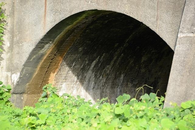 16茨木橋梁2左.jpg