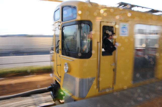 16西武拝島線.jpg