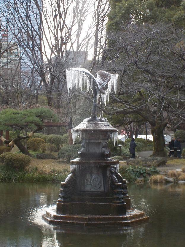 2鶴の噴水.jpg