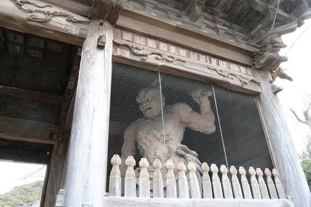 4称名寺仁王像.jpg